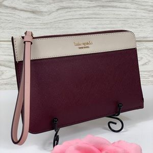 🌺Kate Spade Medium L-ZIP Wristlet Wallet
